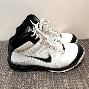 Nike The Overplay VI Men's Basketball Shoe 7.5